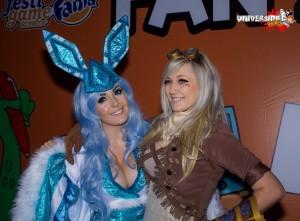 Jessica Nigri y Lindsay Elyse posando para UFriky